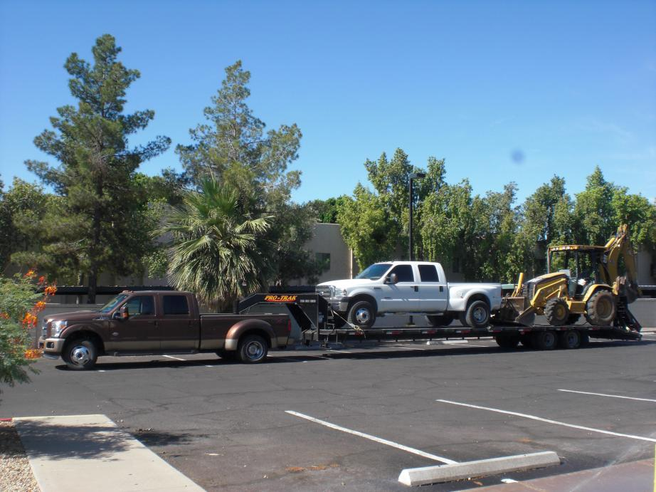 My 30,000 towing load 2011 F350 Dually-002.jpg