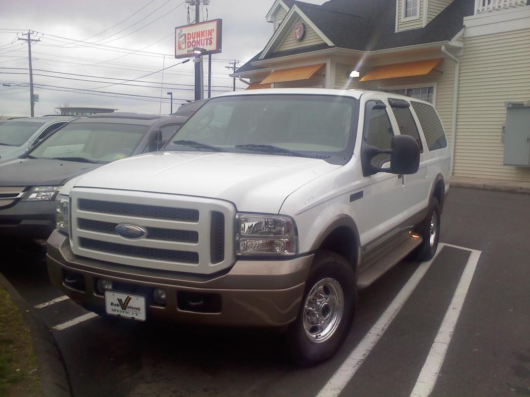 Picked up my 2005 Excursion this weekend!-0331121705.jpg