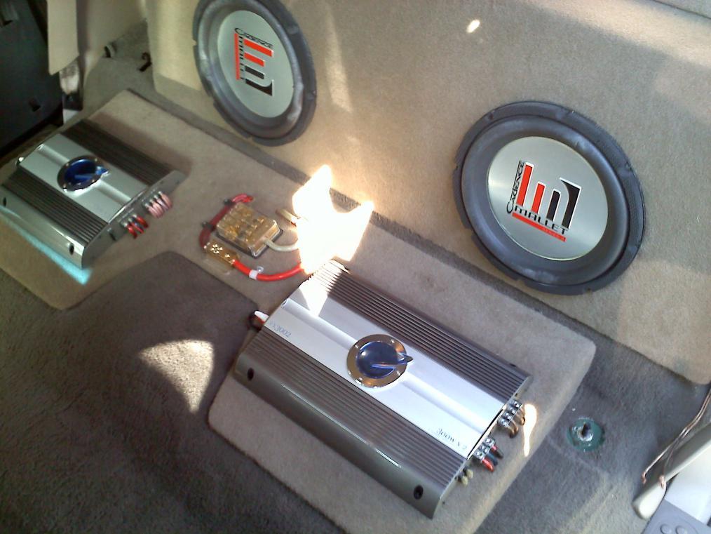 Rear seat mod to fit bigger sub box-097.jpg