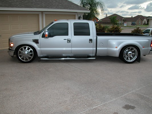 Lowered Ford Dually