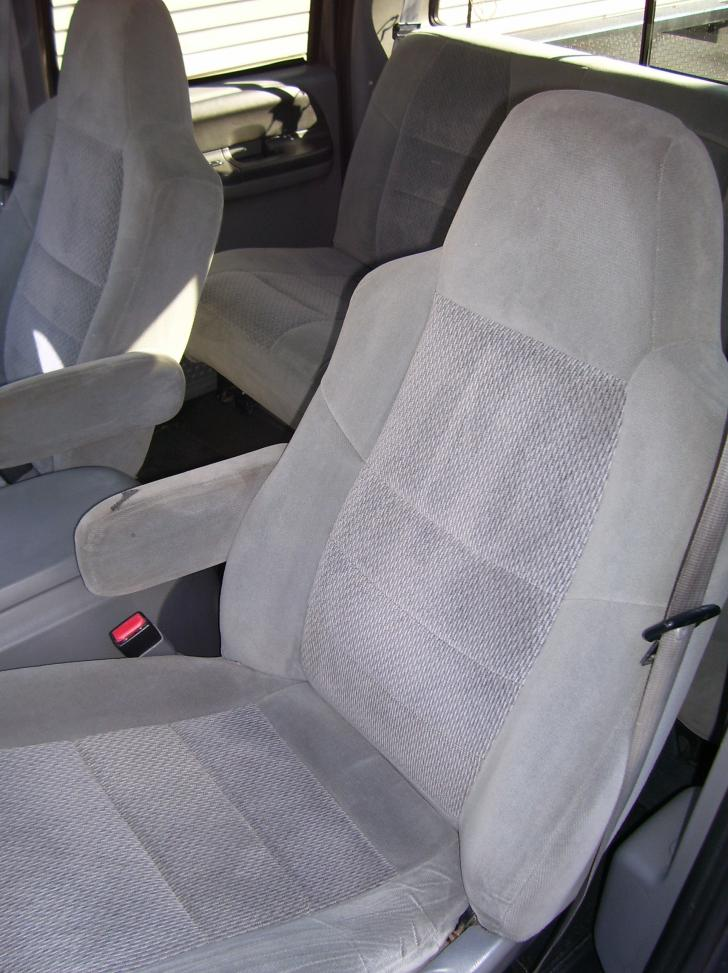 WANTED: Grey Leather Seats Sale or Trade!!!-100_1800.jpg