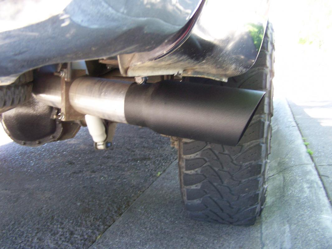 Looking for exhaust with swept outlet-102_2311.jpg