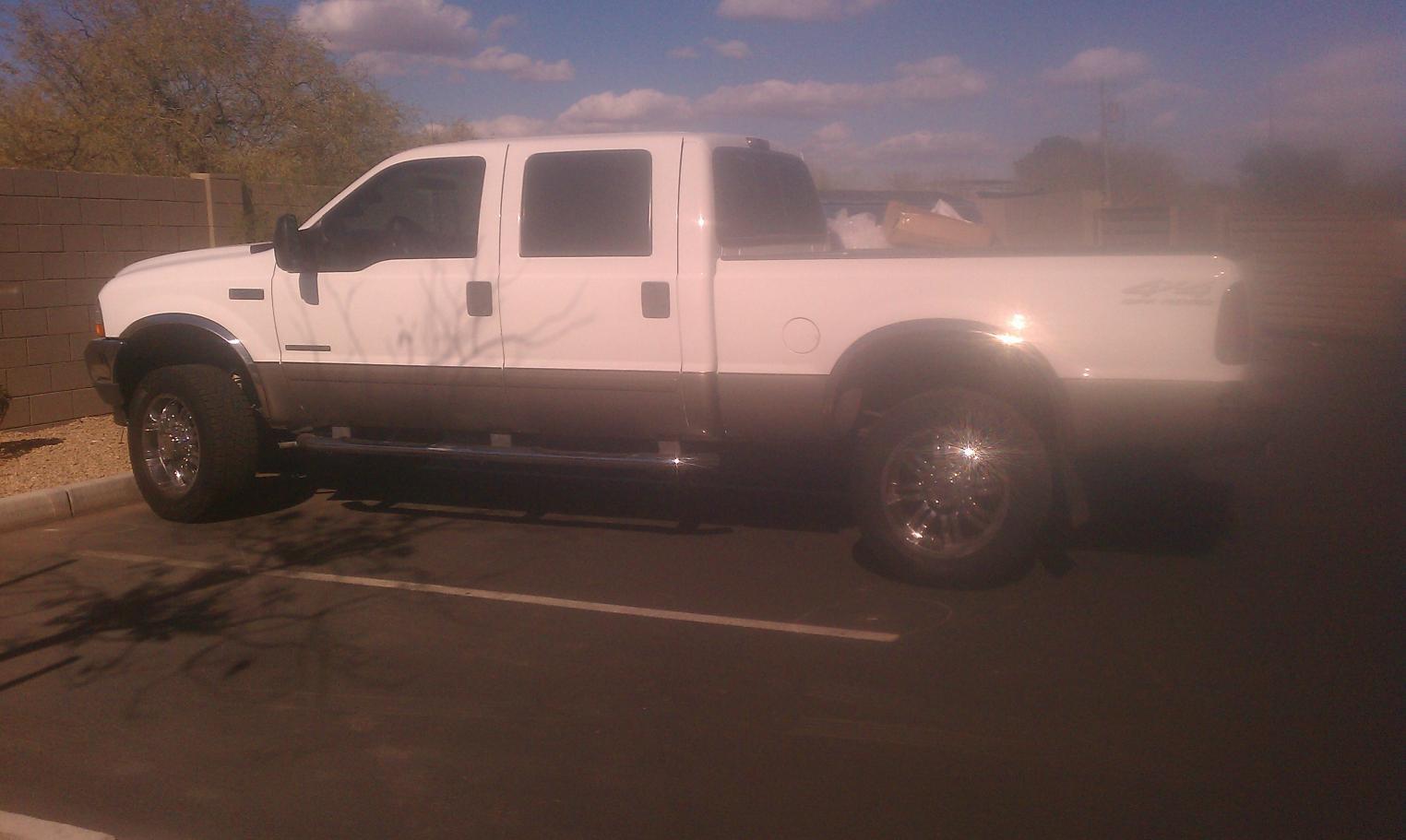 I think I found my truck :) (02 crew short 4x4 lariat)-146.jpg