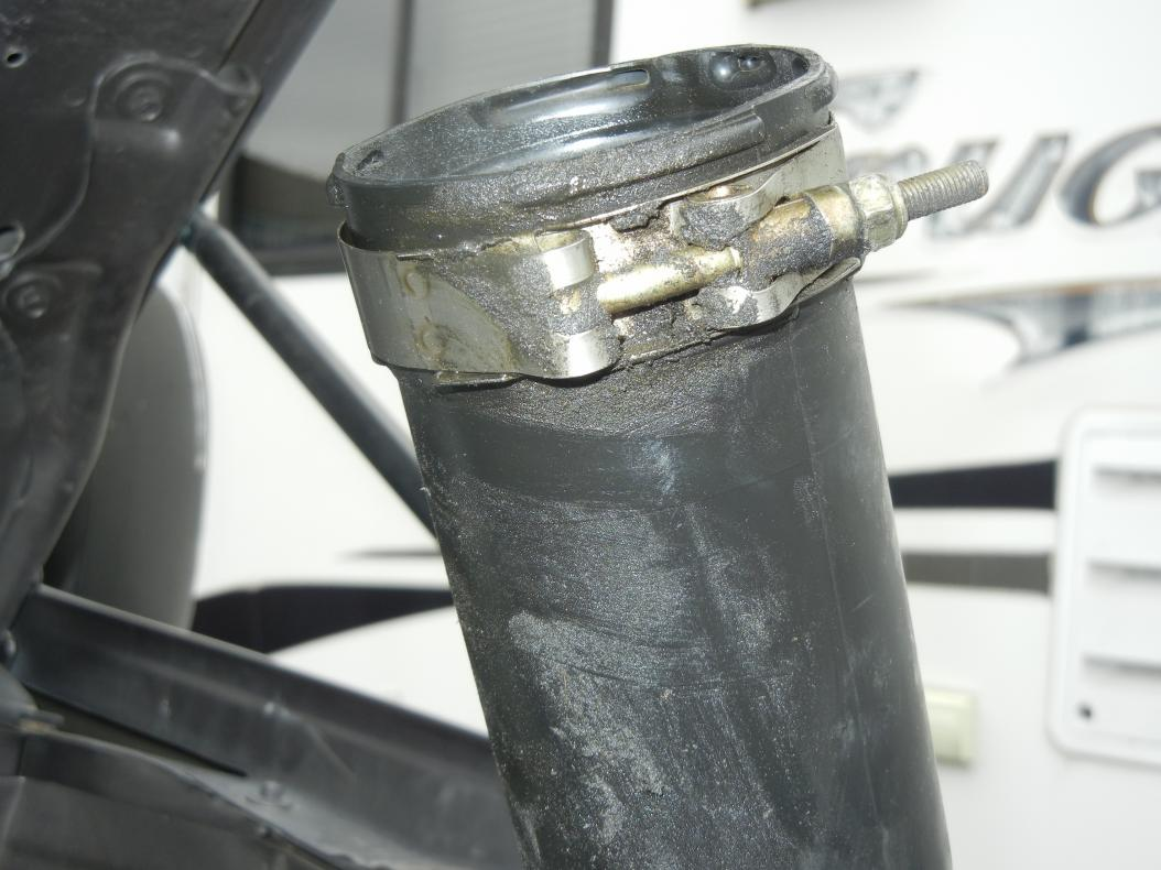 Green Residue around intake boost tube and in tube-1_1_13.boost-tube-residue-5-.jpg