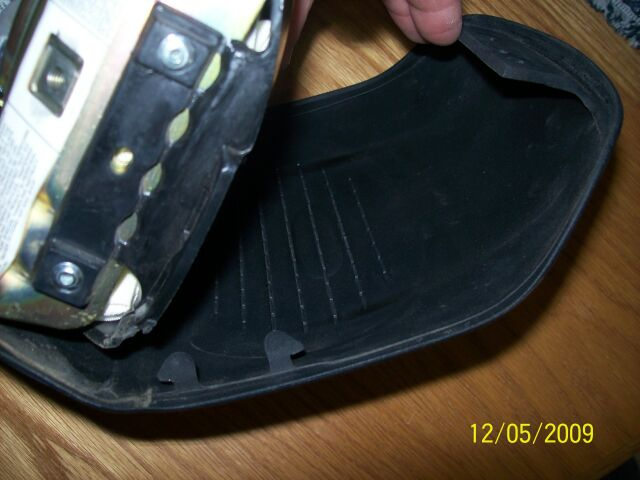 Sticking Horn Contact Fix - Don't Need New Airbag-2-opening.jpg