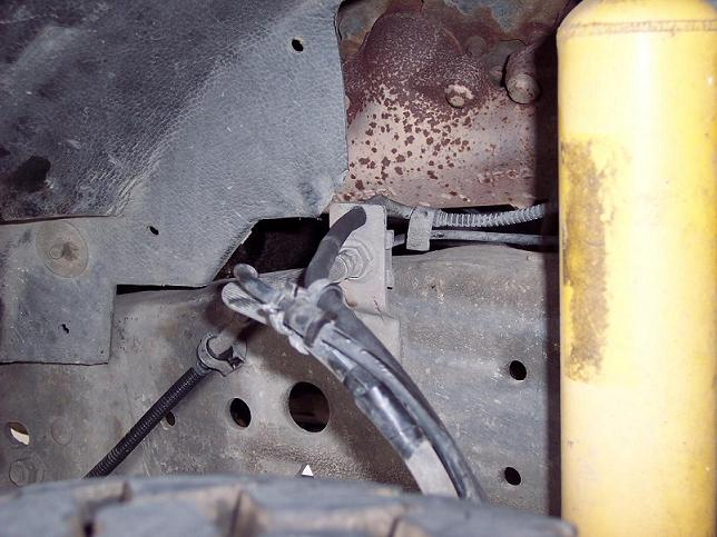 Dry rotting and disconnected!-2001-truck-009.jpg