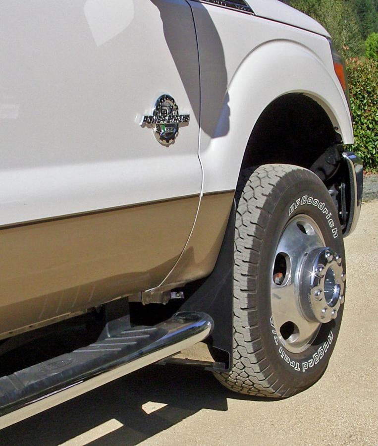 Mud Flaps-2011-f350-dually-front-no-flares.jpg