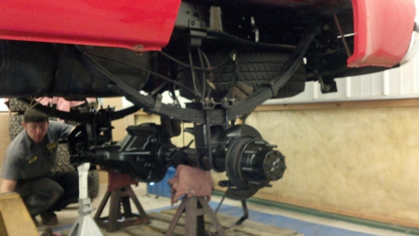 Installing 8 inch full traction lift-2012-05-21_22-09-13_508.jpg