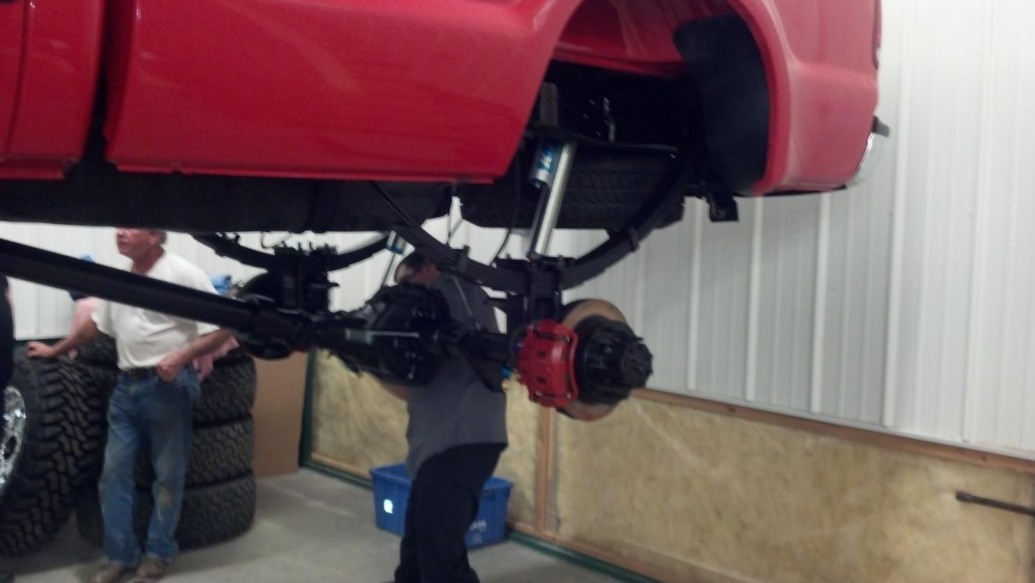 Installing 8 inch full traction lift-2012-05-24_22-03-02_535.jpg