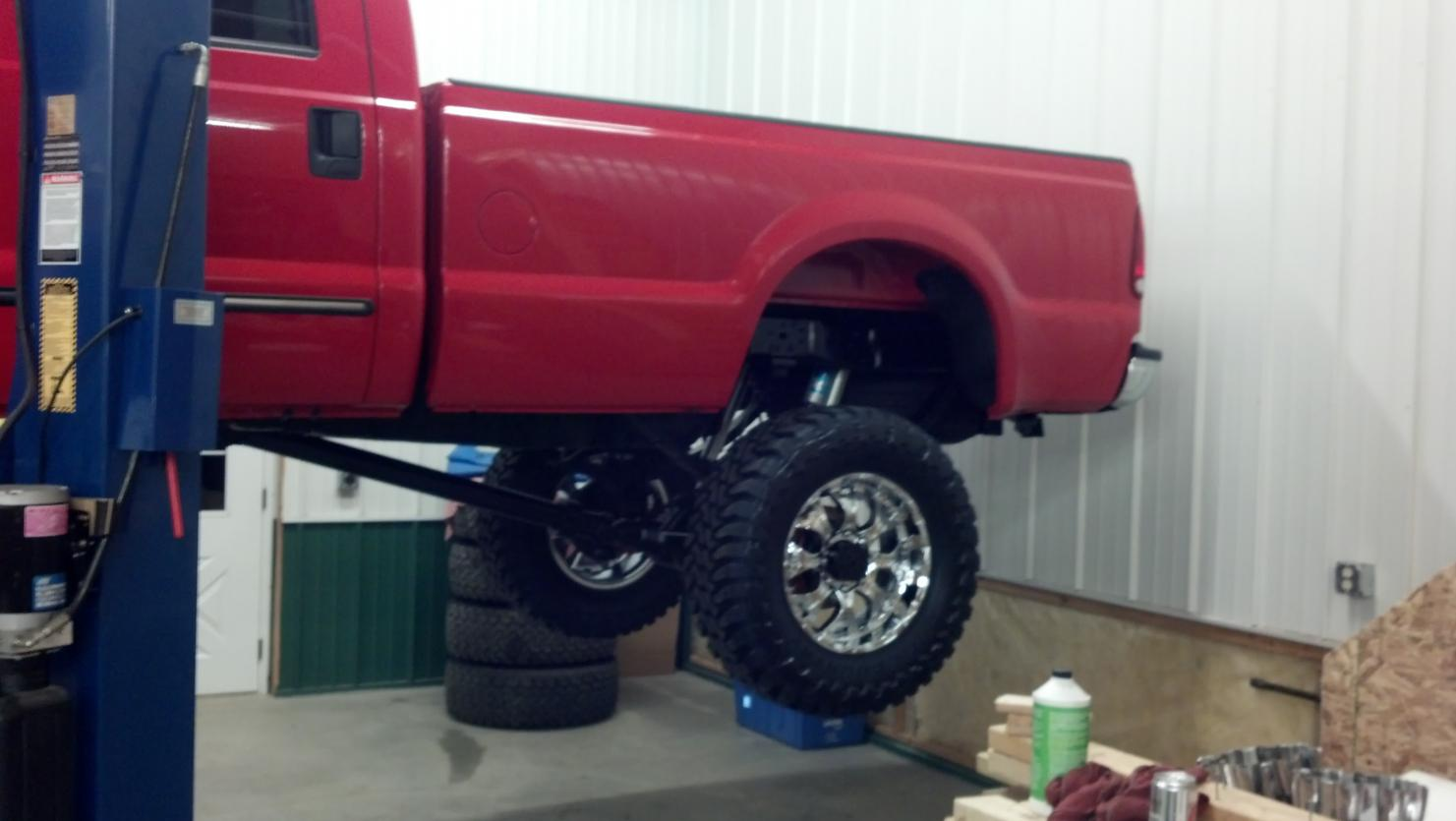 Installing 8 inch full traction lift-2012-05-24_23-05-44_50.jpg