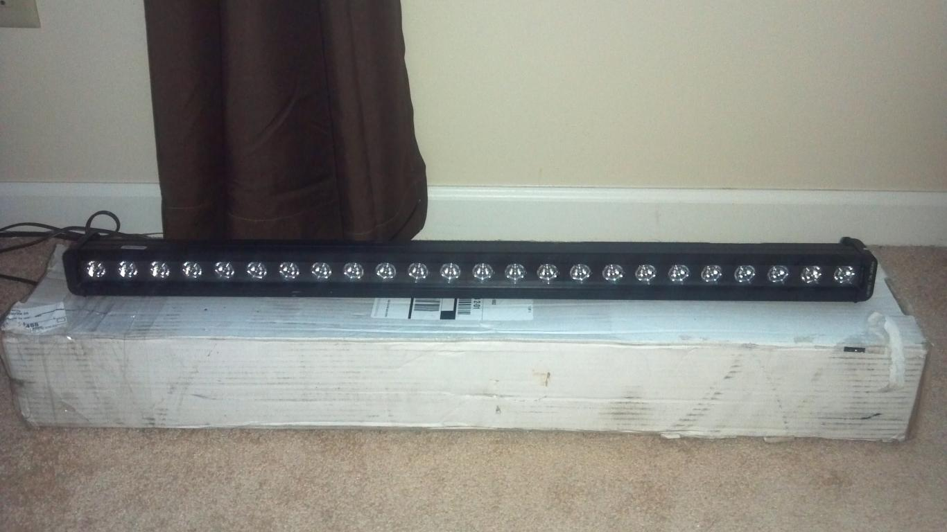 "30"" Pro Comp LED light bar-2012-08-03_19-28-22_378.jpg"