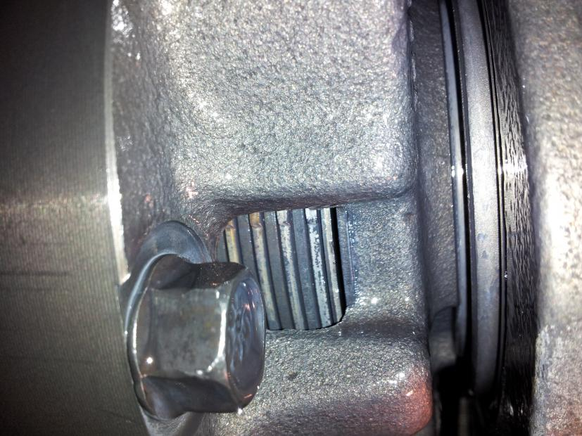 Bad limited slip? Pics inside, also trutrac questions-20121112_182554.jpg
