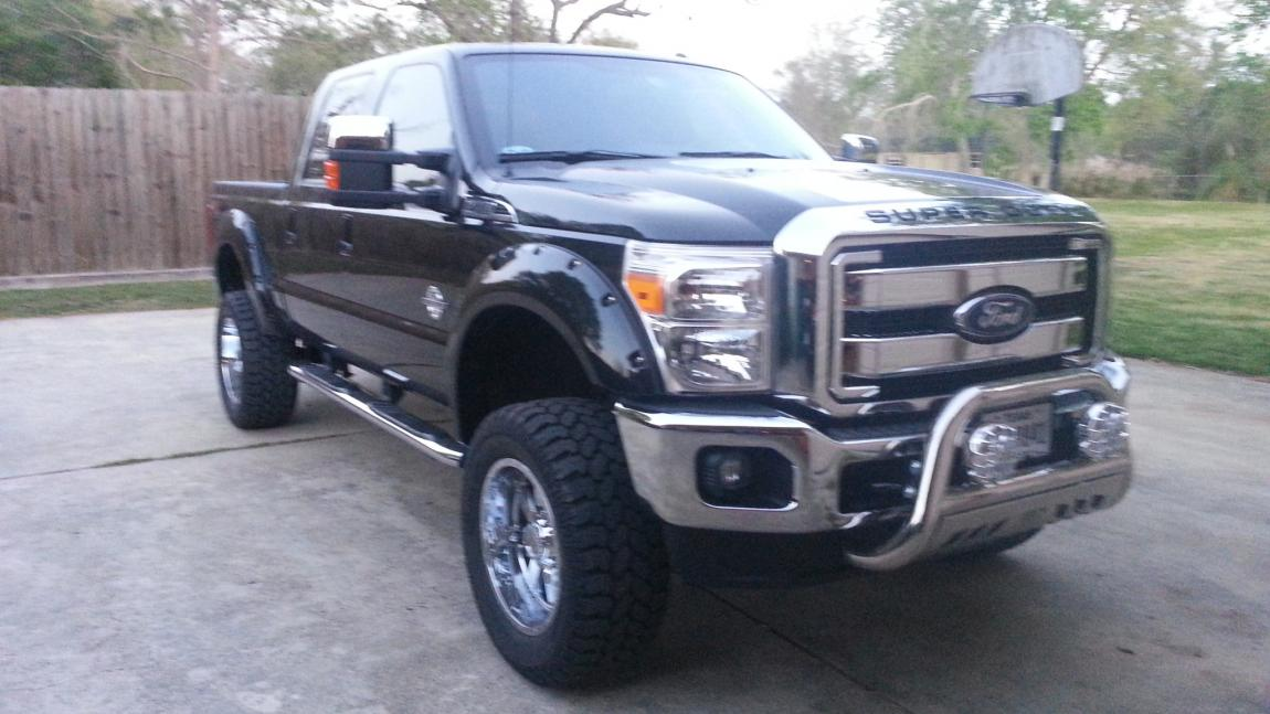 Help!! Need Pics of a Superduty with a 4 or 6 inch lift with 35 inch tires - Page 4 - Ford