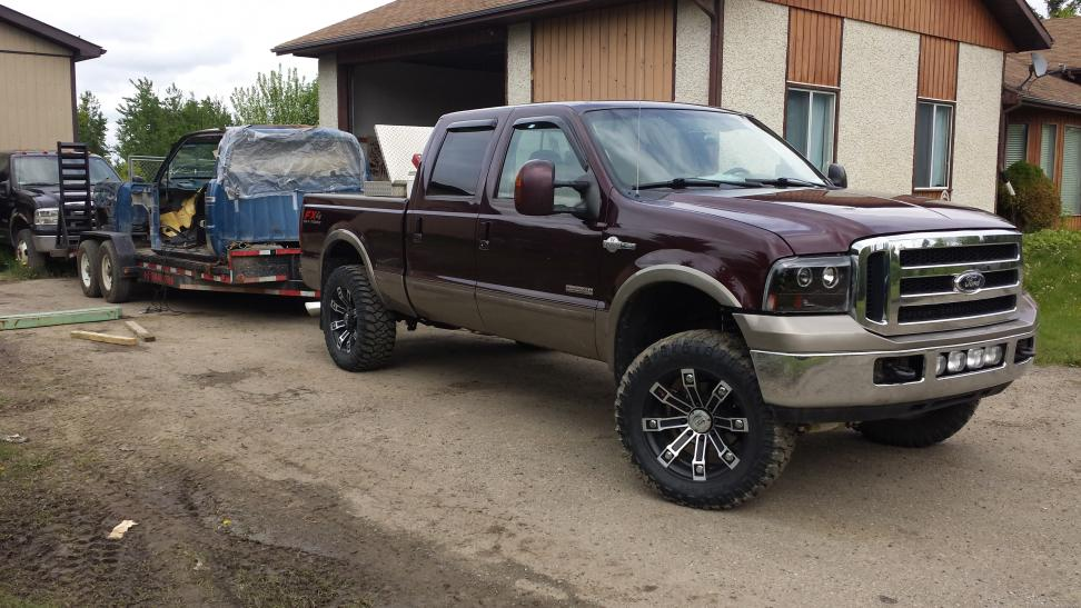 2005 07 Mud Flaps Quot Vs Quot 35s With Level Ford Powerstroke Diesel Forum
