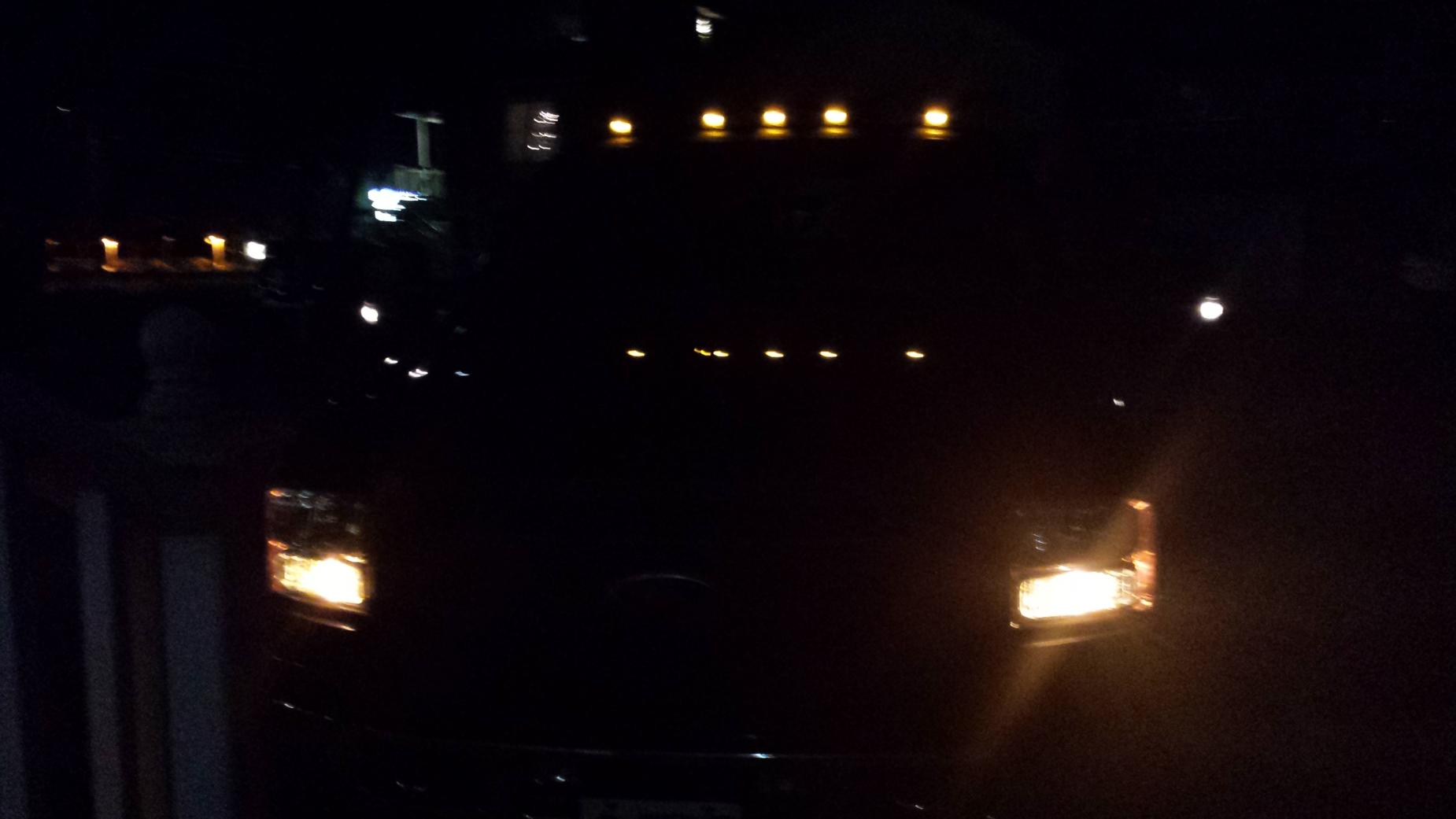 SMOKED/ LED MARKERS AND CAB LIGHTS-20131205_174620.jpg