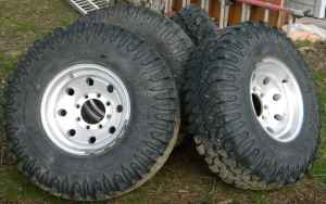 "AE w/FORD or 35"" Tires w/ 16.5x12 Aluminum Rims?-3k83pc3o05y25z35w2b512e822499a5ab1340.jpg"