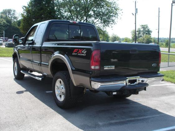 Good price on an 84k 06 Lariat F350?-7896316467.248346154.im1.04.565x421_a.562x421.jpg