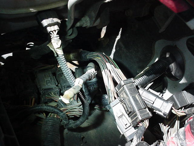 Injector driver relay clicking - engine dies....-badground.jpg