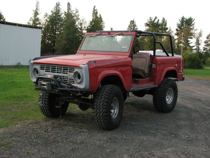 Can't wait to pull the Bronco with the 6.0-bronco7.jpg