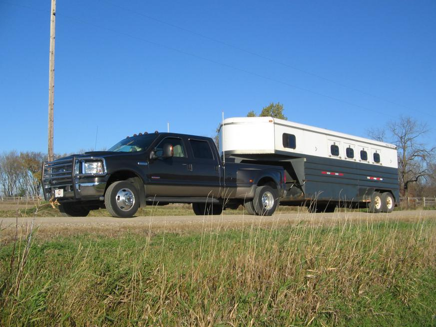 duallys with horse trailer-bryans-truck-129.jpg