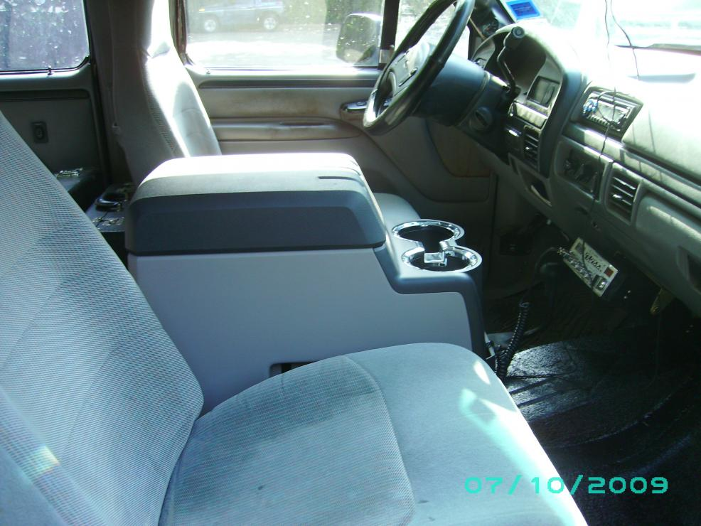 08 center Console install-console.jpg