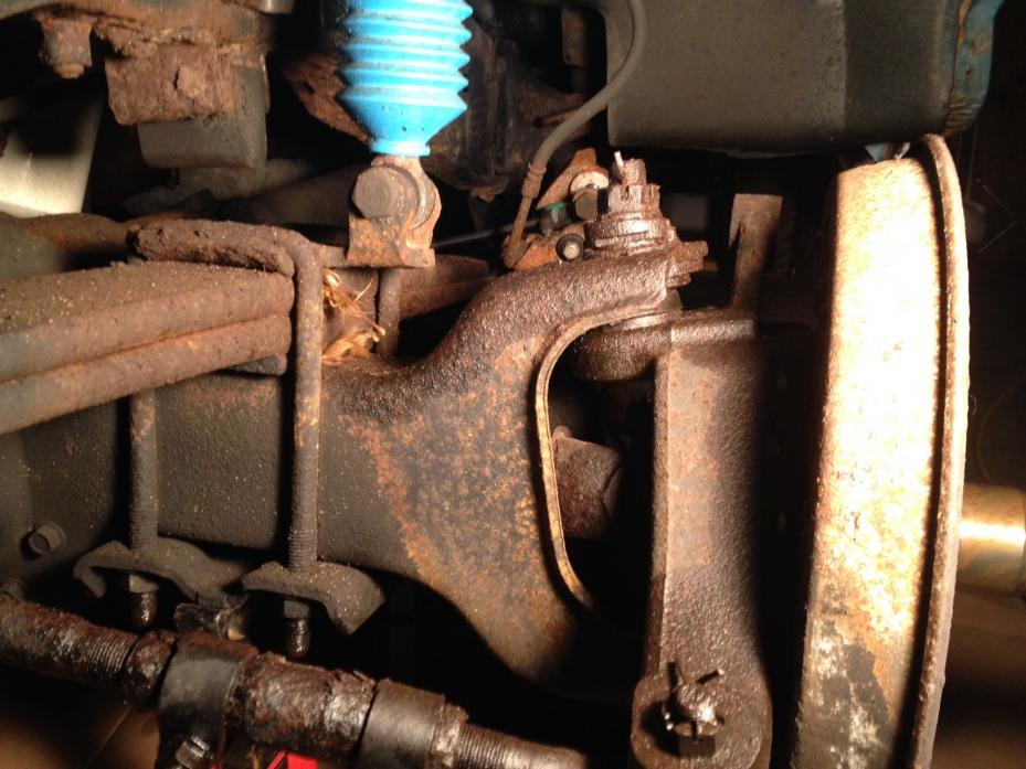 Need help with front end......doing U-joints, ball joints, etc.-d50rebuild18.jpg