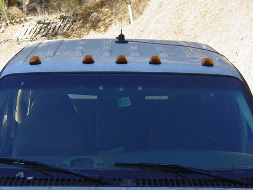 Cab Roof Clearance Lights-dsc00044.jpg