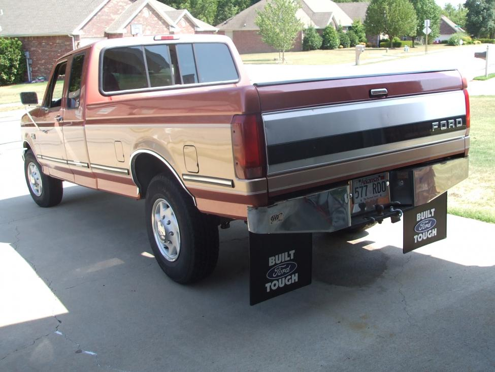 """Built Ford Tough"" mud flaps on my 1995 F250 PSD-dscf3600.jpg"