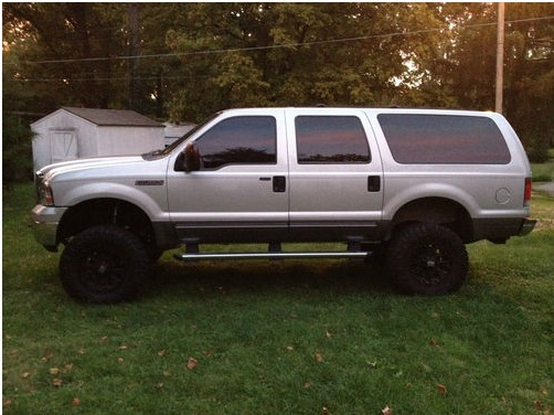 looking at a 1 owner 2004 6.0l EB 4x4-excursion.jpg