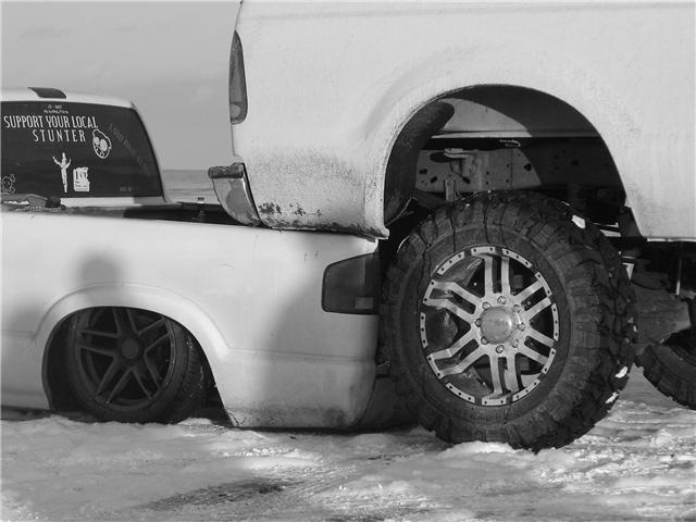friends truck fits under mine!! PICS-f1.jpg