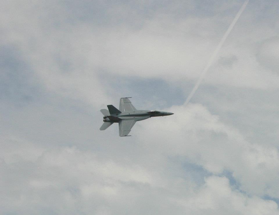 2012 Sioux Falls SD Airshow Pics-f18.jpg