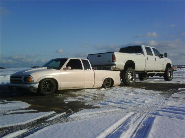 friends truck fits under mine!! PICS-f3.jpg