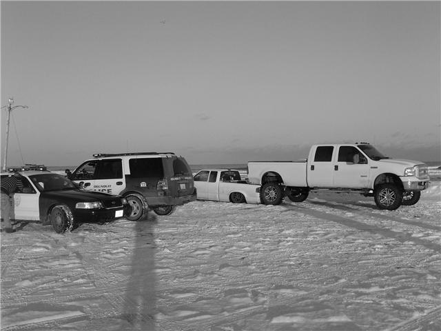 friends truck fits under mine!! PICS-f4.jpg