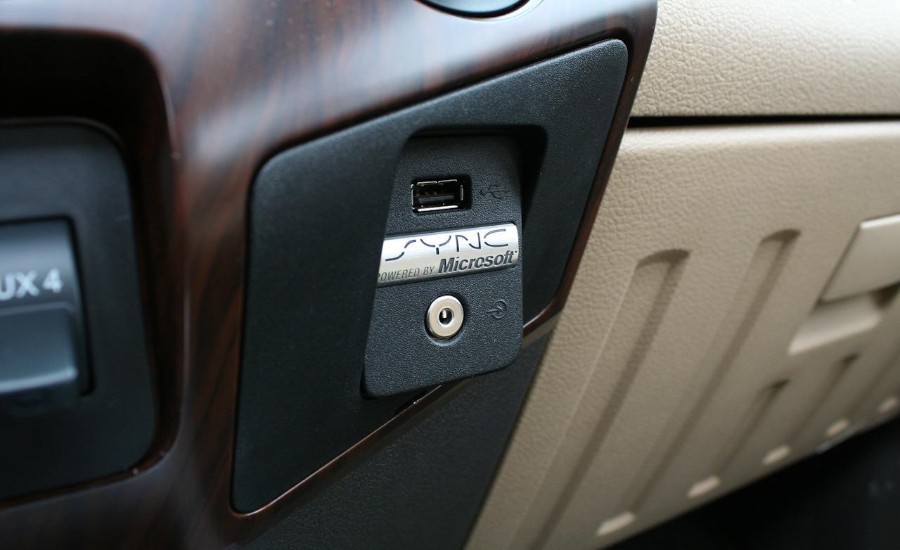 Sync USB/Aux Port-ford-sync-bezel.jpg