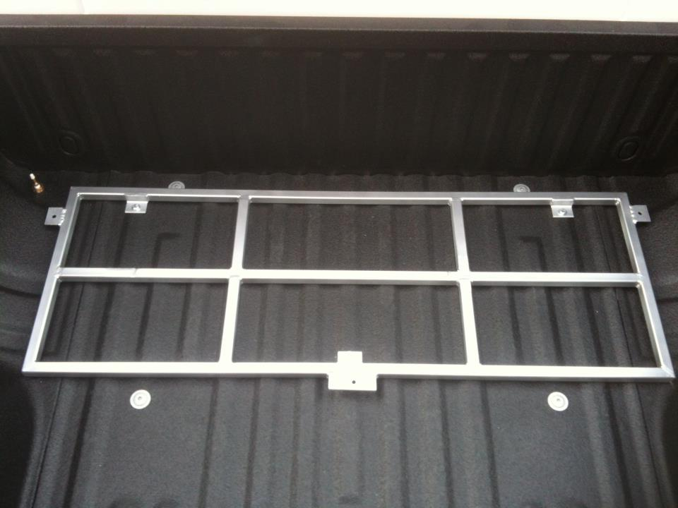 Aux Fuel Tank/Tool Box installed-frame.jpg