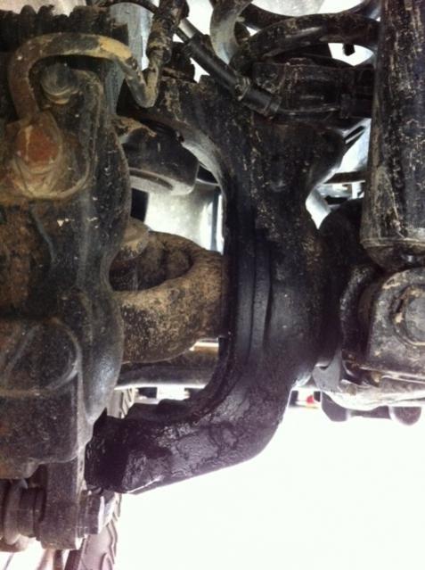 Driverside front axle leaking-front-axle.jpg