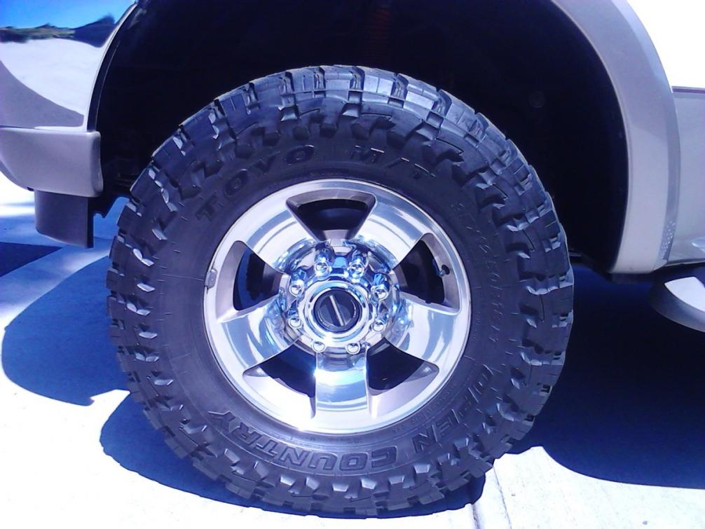 king ranch tire size-front-view.jpg