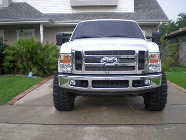 "NEW PICS  22's on 35"" super swampers-fronttruck.jpg"