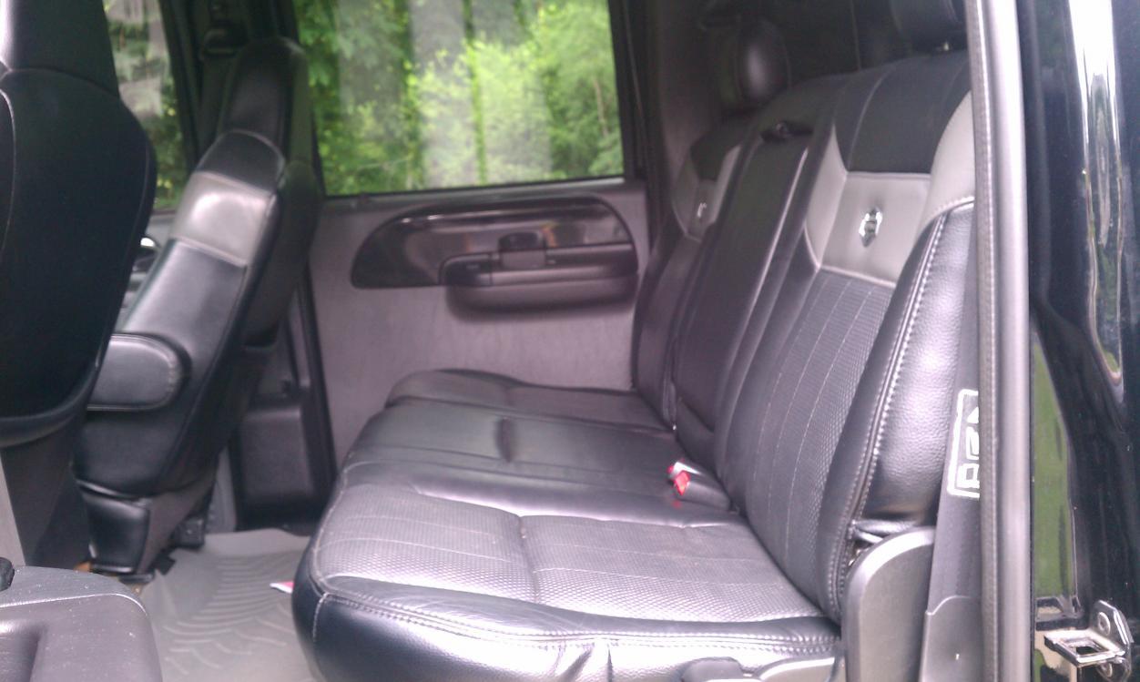 04 Harley Rear console-Jump seat-imag0038.jpg