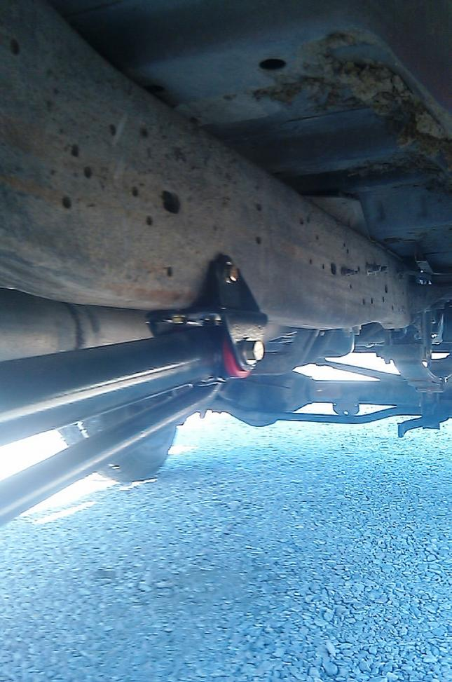 Pro comp traction bars install question..-imag0248.jpg