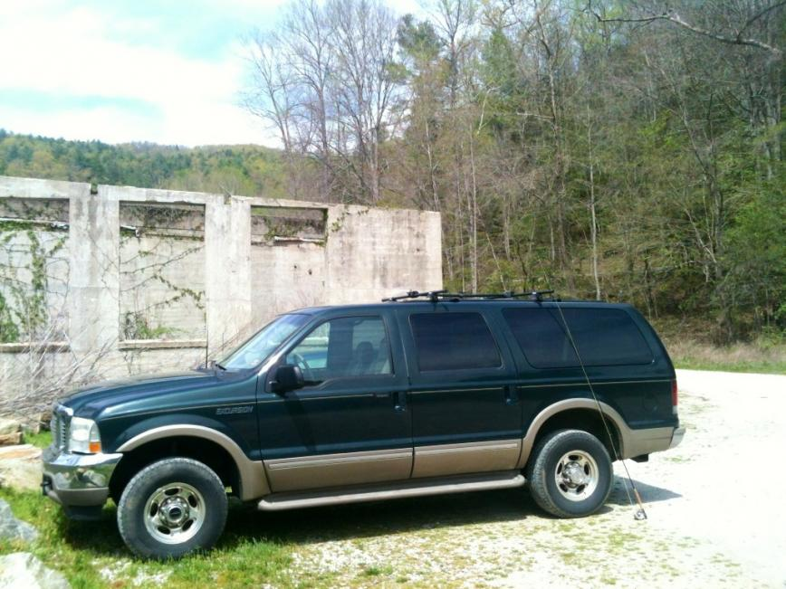 Wheel/Tire Combo for 2002 excursion?-image.jpg