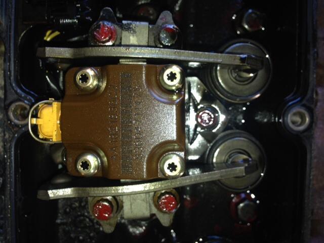 Torquing injectors-image.jpg