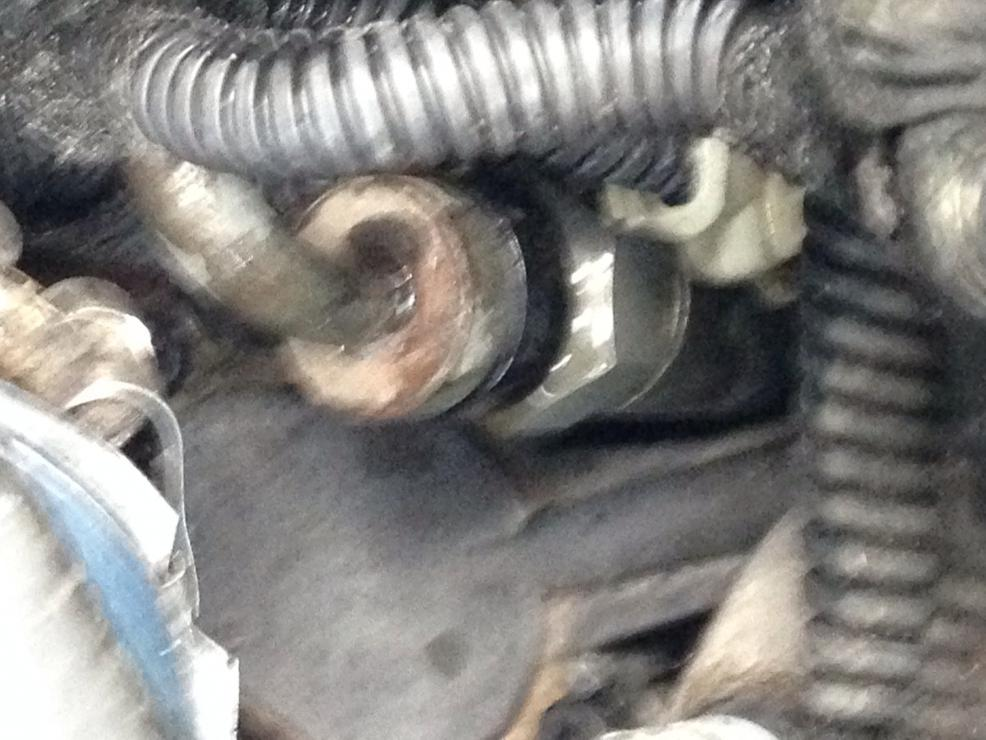Turbo Oil Supply leaking badly at STC fitting-image.jpg