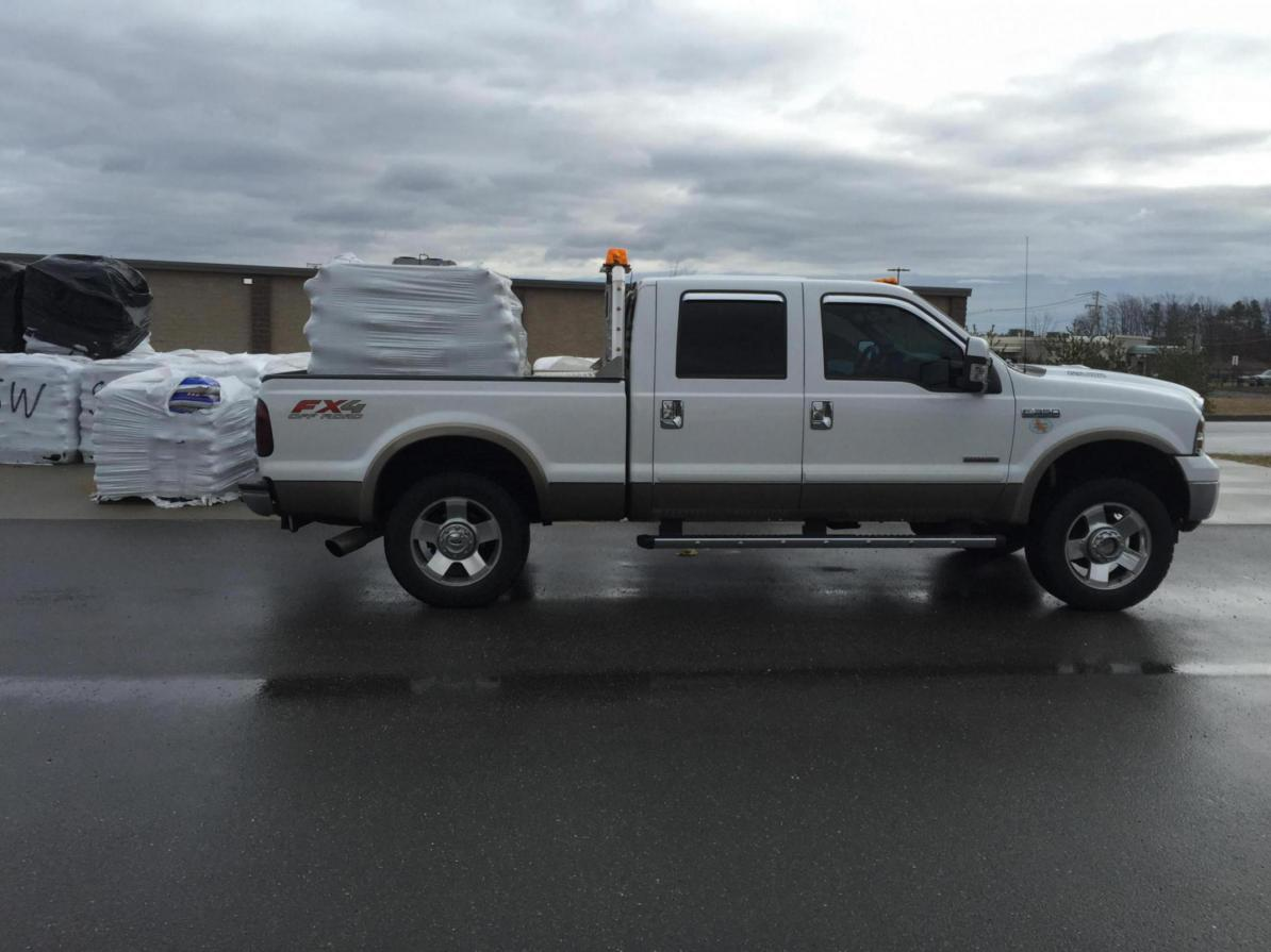 San Antonio Ford >> Anyone have pictures of a leveling kit on 2006 F250 - Ford Powerstroke Diesel Forum