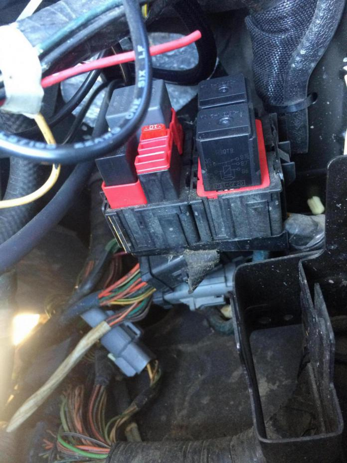 376297d1420833895 04 f250 psd esof relay under hood picture image_1420833889782 04 f250 psd esof relay under hood picture? ford powerstroke  at panicattacktreatment.co