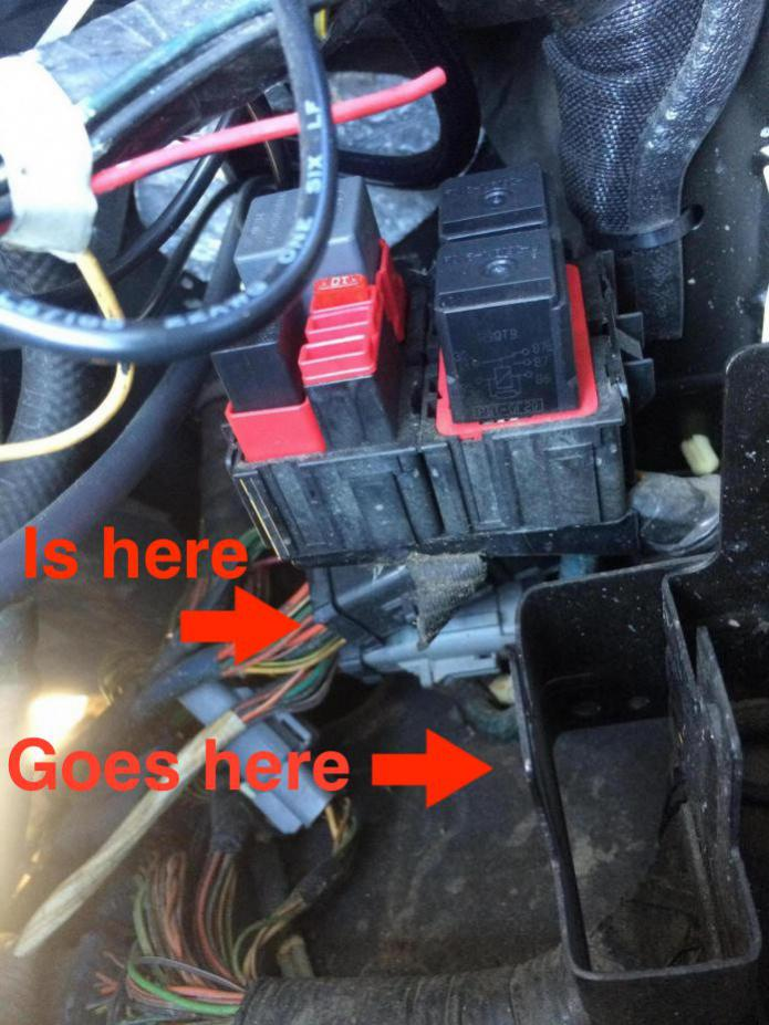 380305d1421700169 04 f250 psd esof relay under hood picture image_1420833889782 04 f250 psd esof relay under hood picture? ford powerstroke 2005 f350 under hood fuse panel diagram at edmiracle.co