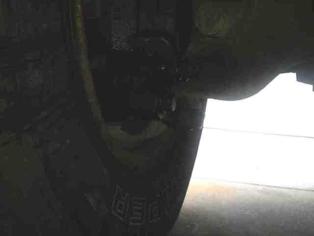Random leak...-imageuploadedbyautoguide1353867897.638429.jpg