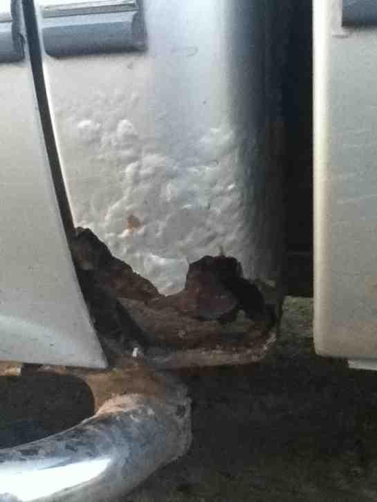 Rust issues-imageuploadedbyautoguide1356907481.713315.jpg
