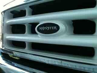 Custom painted grill-imageuploadedbyautoguide1361429714.244891.jpg