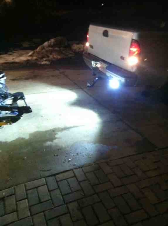 LED reverse/work light install-imageuploadedbyautoguide1387593497.663515.jpg